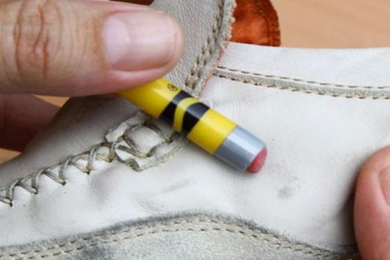 ca909e2d9e4 → 3 Dicas de Como Limpar Tênis Branco Rápido e Fácil  VEJA