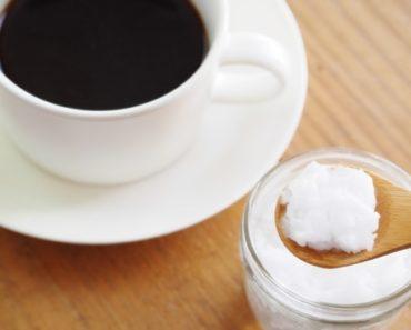 óleo de coco no café