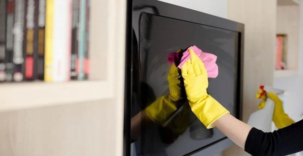 veja como limpar tela de tv